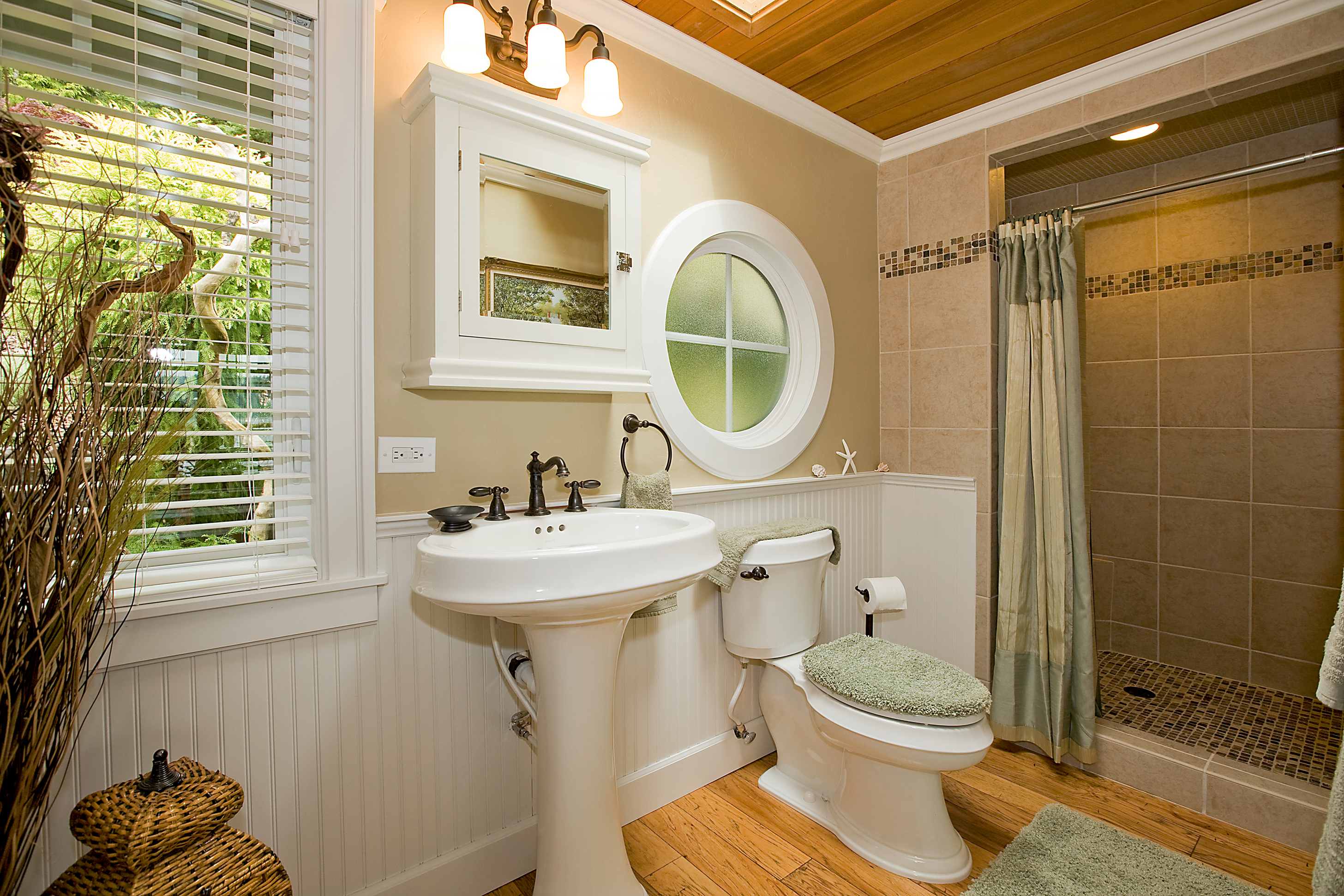 Four Things To Consider Before A Bathroom Remodeling Project - Acrylic bathroom remodeling